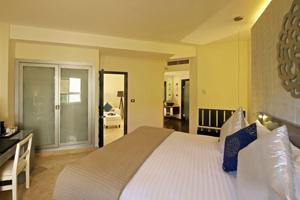 Privilege Romance Suite at Ocean Maya Royale